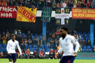 <HIT>Danny</HIT> <HIT>Rose</HIT> en el final de partido ante Montenegro. EFE/