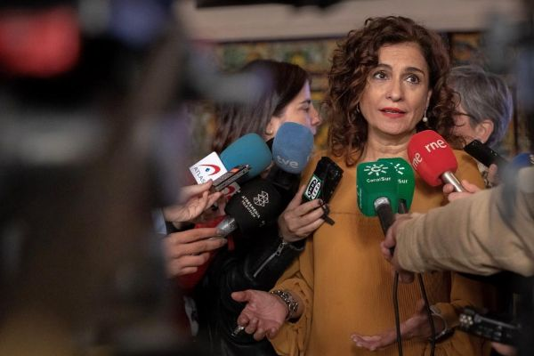 La ministra de Hacienda, María Jesús Montero, en un acto celebrado hoy en Sevilla.