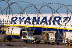"""Ryanair se niega a embarcar a una menor en quimioterapia: era """"demasiado tarde"""""""
