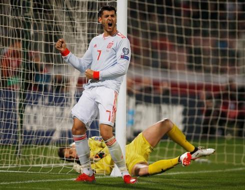 Morata celebra su segundo gol a Malta.