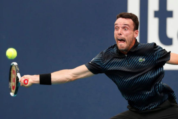 Roberto Bautista, durante su partido contra Novak Djokovic.