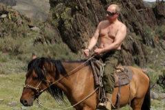 Vladimir Putin, cabalgando en Siberia, en una imagen de 2009.