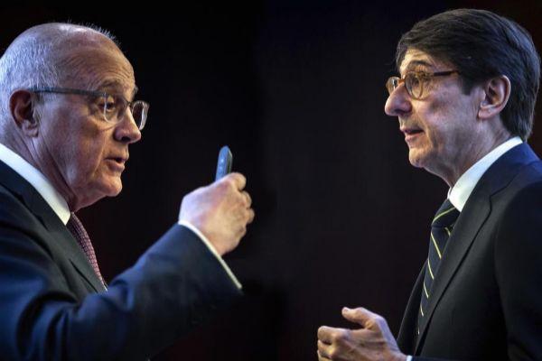 Los presidentes de Sabadell, Josep Oliú, y Bankia, José Ignacio Goirigolzarri.