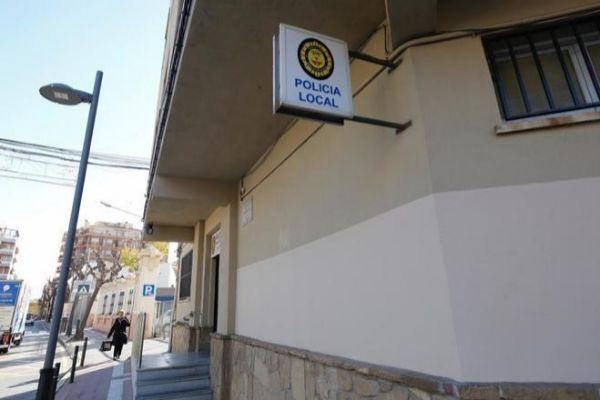 Imagen de la fechada de la Policía Local de Olesa