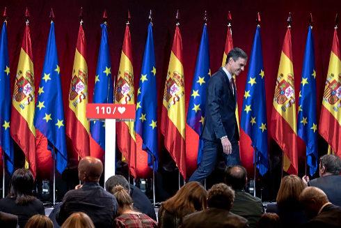 Pedro Sánchez oculta su plan para Cataluña en su programa electoral
