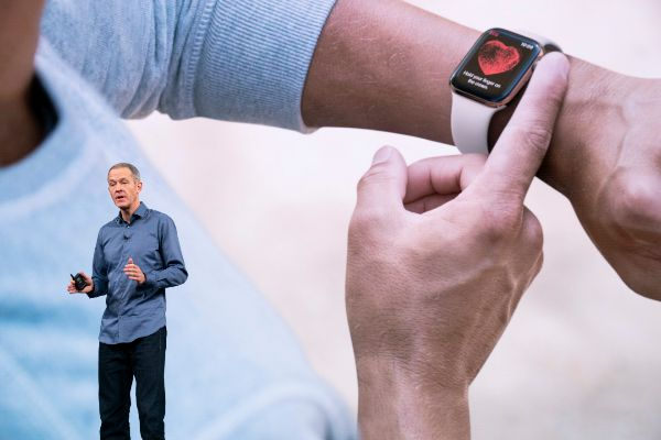 """Jeff Williams: """"si hubiésemos diseñado un sensor cardiaco para llevar en la muñeca, ni 12 personas lo habrían comprado"""""""