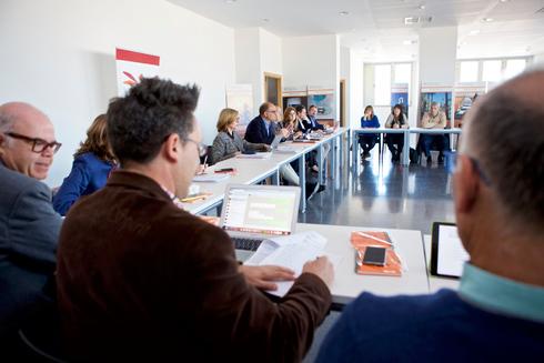 El Consejo de Gobierno de la Universidad de Alicante reunido este jueves.
