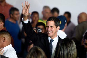 El chavismo inhabilita a Guaidó para ejercer cargos públicos