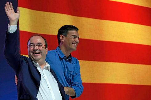 Pedro Sánchez y Miquel Iceta en un acto del PSC en el año 2017