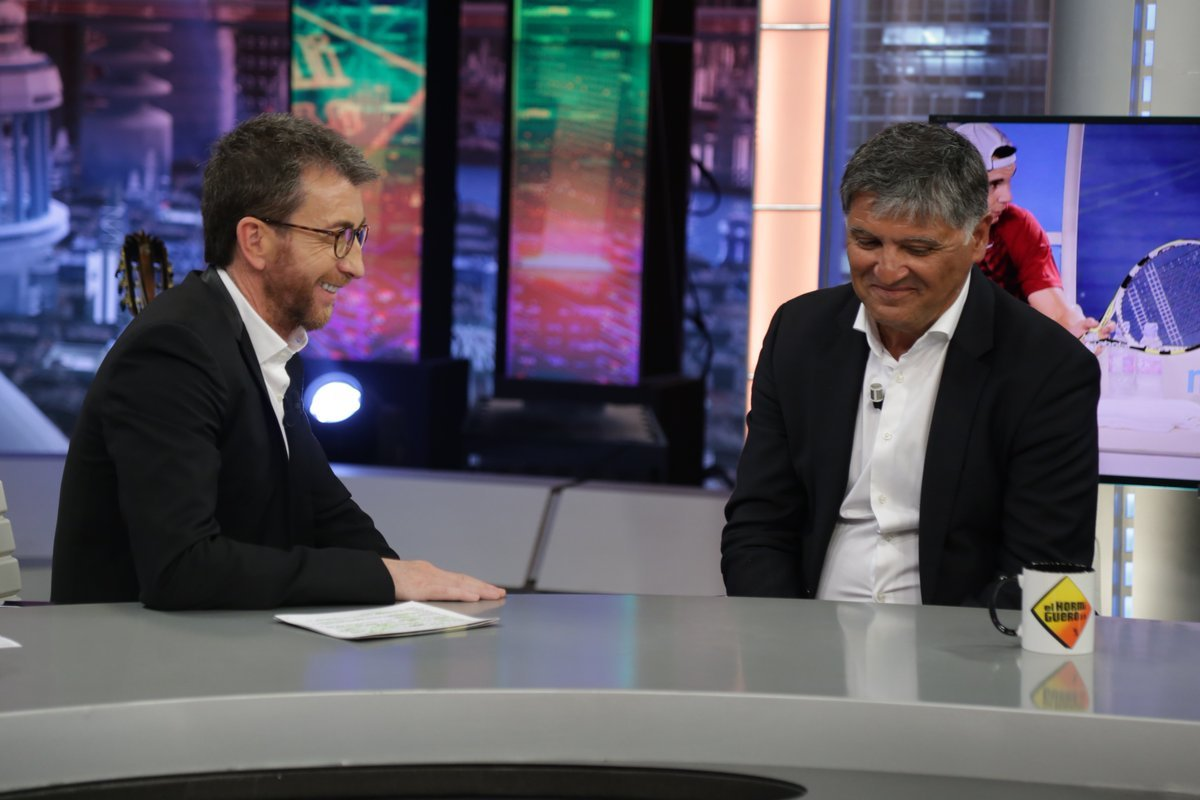 Pablo Motos y Toni Nadal, tío de Rafa Nadal, en El Hormiguero de Antena 3