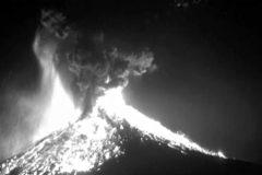Una cámara capta la impresionante explosión de un volcán