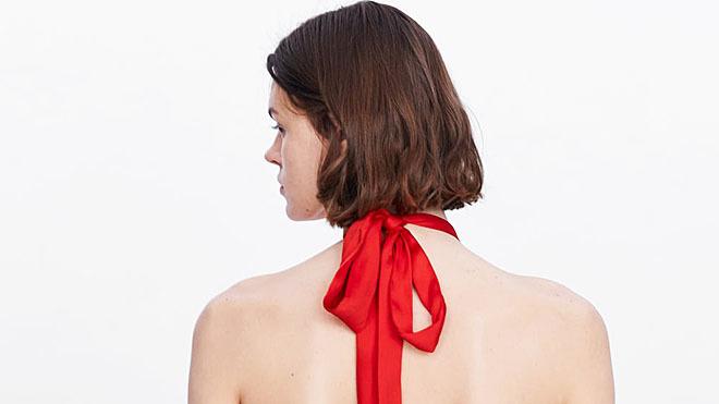 Su tejido y corte lo convierten en una opción perfecta para los looks de invitada