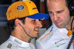 Sainz, con motor nuevo, recupera sensaciones para McLaren