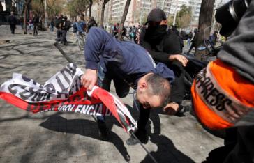 Acoso de radicales a simpatizantes de Vox en Barcelona