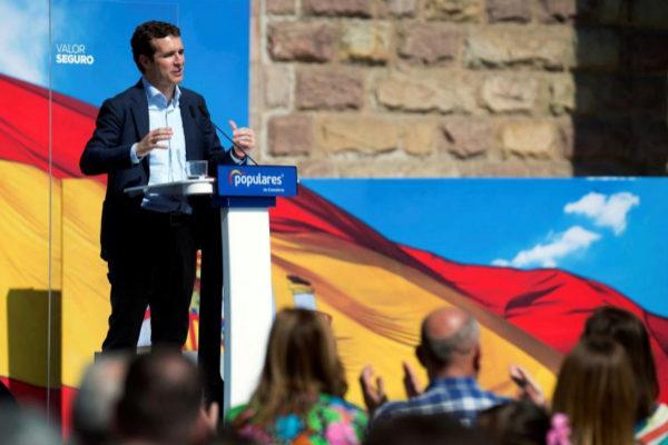 Pablo Casado, durante el acto del PP en Torrelavega.