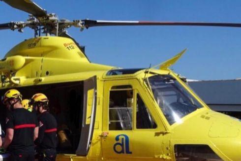 El helicóptero Alpha 1 del Consorcio Provincial, en uno de los rescates.