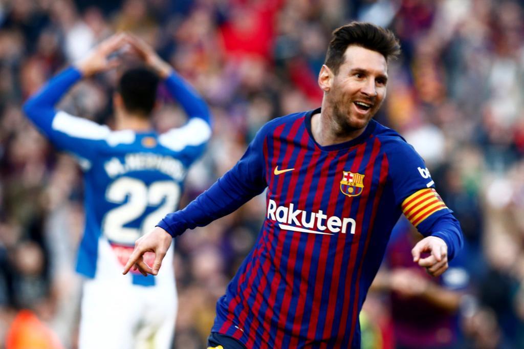 GRAF2665. BARCELONA.- El delantero argentino del FC Barcelona Lionel <HIT>Messi</HIT> (d) celebra el segundo gol del partido contra el RCD Espanyol, en la vigésimo novena jornada de LaLiga, en el estadio Camp Nou en Barcelona.