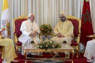 Rabat (Morocco).- A handout picture provided by the Vatican Media shows Pope Francis (L) being welcomed by King Mohammed VI of Morocco (R) at Rabat-Sale International Airport near Rabat, Morocco, 30 March 2019. Pope Francis's weekend trip to Morocco aims to highlight the North African nation's tradition of Christian-Muslim ties while also letting him show solidarity with migrants at Europe's door and tend to a tiny Catholic flock on the peripheries. (<HIT>Papa</HIT>, Marruecos) EPA/ HANDOUT EDITORIAL USE ONLY/NO SALES HANDOUT EDITORIAL USE ONLY/NO SALES