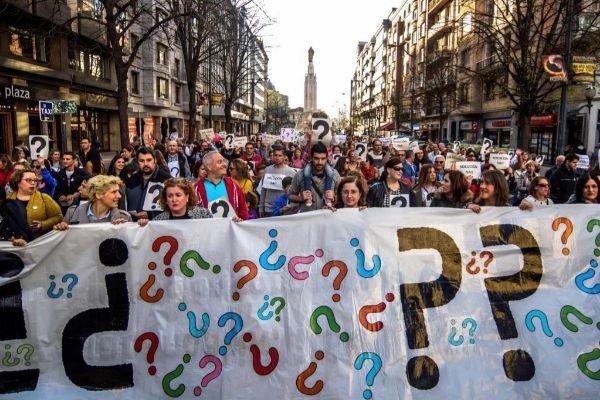 Manifestación de familias de la enseñanza concertada.