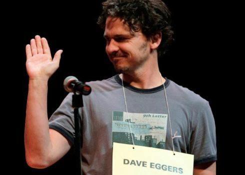 Dave Eggers en una conferencia en Santa Mónica, California.