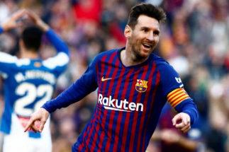La parábola perfecta de Messi acaba con el Espanyol