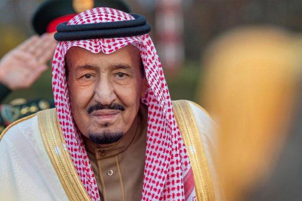 El rey <HIT>Salman</HIT> <HIT>bin</HIT> Abdelaziz, este domingo, en Túnez.