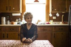 La escritora Alice Munro en su casa de Clinton, Ontario, Canada.