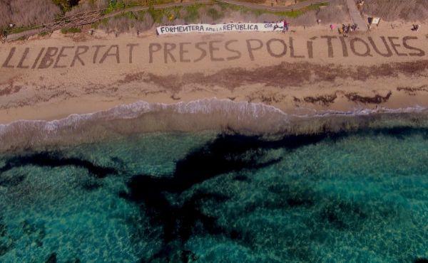 Acción del Comité de Defensa de la República catalana en Formentera.