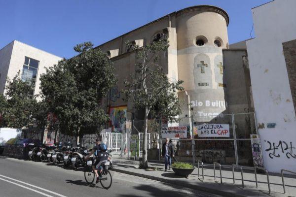 Antonio Moreno 27.03.2019 Barcelona Cataluña.Okupación de la capilla de la <HIT>Misericordia</HIT> para el Nuevo Cap Raval Nord de Barcelona zona Macba.