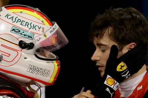 Vettel y Leclerc, durante el GP de Bahrain.