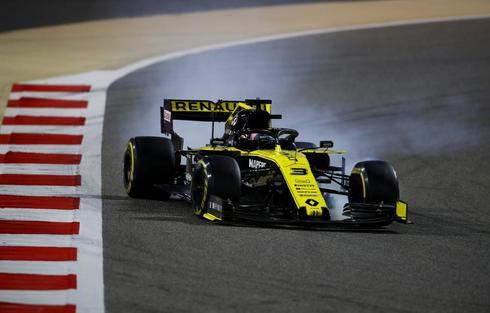 Ricciardo, con problemas en una frenada en Bahrein.