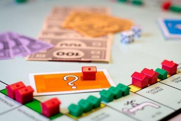 Así han quedado las hipotecas tras el seísmo regulatorio: más caras, pero con menos gastos