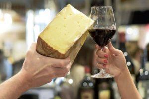 El queso y el vino