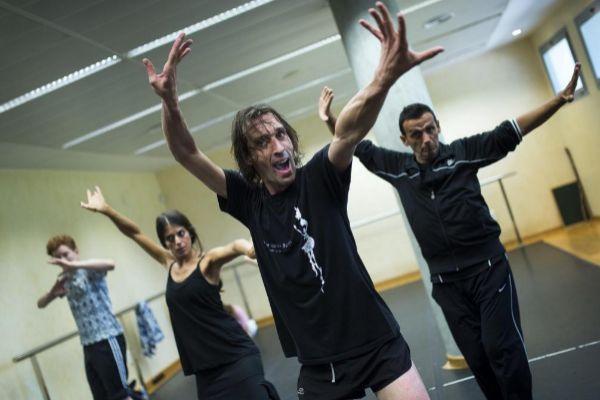 GRA023. CÓRDOBA (ANDALUCÍA).- Fotografía de archivo (05/07/2015) del bailaor <HIT>Rubén</HIT> <HIT>Olmo</HIT> mientras imparte una clase de danza en Córdoba. <HIT>Olmo</HIT> (1980) será el sustituto de Antonio Najarro al frente del Ballet Nacional de España (BNE), según ha anunciado esta mañana la directora general del Instituto Nacional de las Artes Escénicas y de la Música (INAEM), Amanda de Miguel.