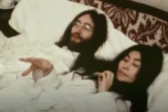 Nuevas imágenes de John Lennon y Yoko Ono  en la cama