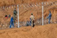 Trabajos de construcción de la valle en territorio marroquí