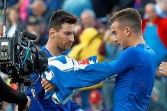 Pedrosa: con una diana en la espalda por pedirle la camiseta a Messi
