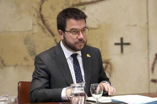 Antonio Moreno 05.03.2019 Barcelona Cataluña.El vicepresidente <HIT>Pere</HIT> <HIT>Aragonés</HIT> en la reunión del Govern.