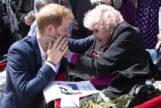 El príncipe Harry junto a Daphne en 2018