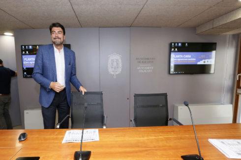 El Ayuntamiento de Alicante autoriza una lluvia de millones a las puertas de la campaña electoral