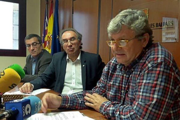 Antoni Morante, Martí March y Pere Moyà durante una rueda de prensa. CAIB