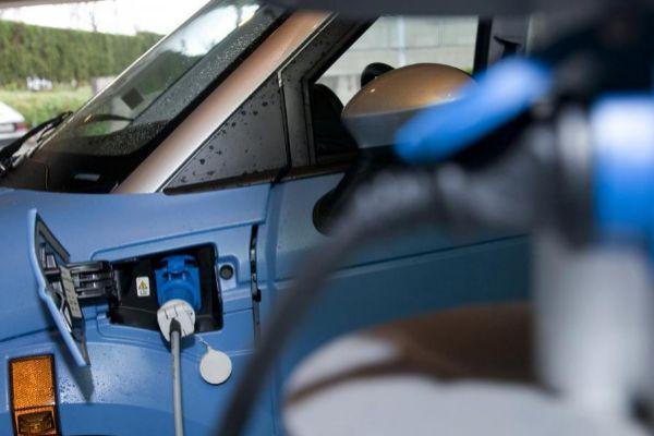 Arrancan las ayudas a la compra de vehículos eléctricos