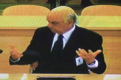 Francisco González carga contra la gestión de Zapatero y el Banco de España