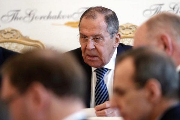 Serguéi Lavrov participa en una reunión de empresarios en Moscú.