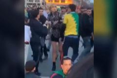 Brutal agresión a una mujer transexual en París