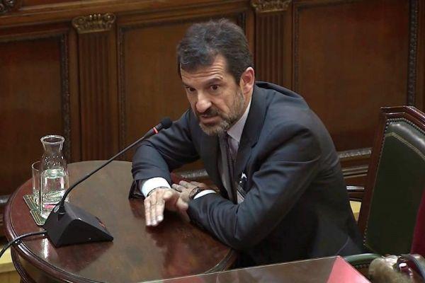 El comisario de los Mossos Ferran López, durante su comparecencia en...