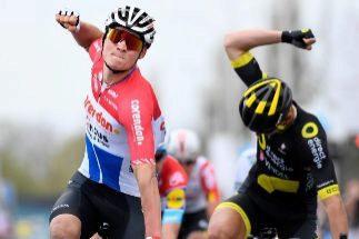 Valverde se prueba y Van der Poel da una lección en A Través de Flandes