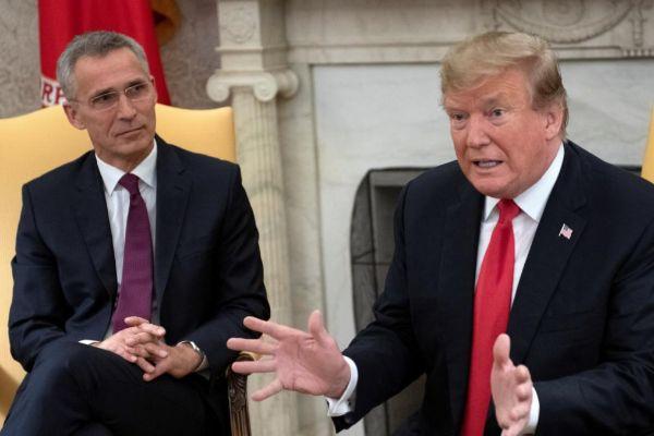 Trump y Stoltenberg en la rueda de prensa conjunta hoy en Washington.