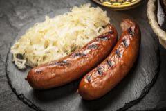 Las salchichas con chucrut son el alma totémica de la cocina alemana