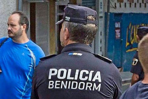 Un policía local de Benidorm.
